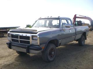 1992 Dodge Ram 250 LE 4X4 Super Cab c/w Cummins Diesel, A/T, A/C, Showing 498,039 KMS, GVWR 3,861KG, 8' Box, Tekonasha Brake Controller, 265/75R16 Tires At 0%, Front Axle Rating 1,842KG, Rear Axle Rating 2,760KG, VIN 3B7KM23CXNM551393 *NOTE: May Be An Exhaust Leak, Need Boost To Start, Drivers Door Hinges Need Replacing, Body Damage and Rust, Missing Left Rear Seat, Driver Mirror Broken, Missing Rear View Mirror, No Reverse, No Wiper Blades*