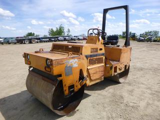 Case W-252 Dual Smooth Drum Vibratory Roller, Diesel, Showing 2,124 hours, SN 840867554 *NOTE: Missing Both Hood Latches, Fuel Leak Front Left Side)