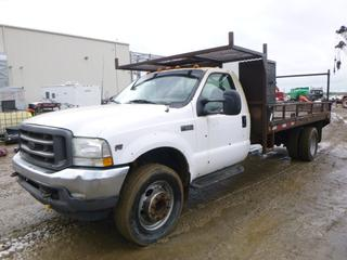 "2002 Ford F-550 XL Super Duty Flat Deck Truck c/w Triton V10, A/C, Showing 289,123 kms, GVWR 8,618KG, 201"" W/B, 15' x 8' Deck, 245/70R19.5 Tires At 80%, Rear Dually, VIN 1FDAF56SX2EC85137"