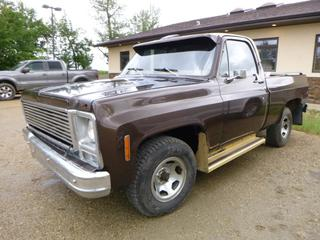 "1979 GMC TC10703 Pick Up Short Box Truck c/w A/T, Showing 71,667 Miles, Pioneer Stereo, Single Cab, 2WD, 6'6"" Box, 235/75R15 Tires, VIN TCD1491537996 *NOTE: Boost To Start, Minor Body Rust, Dent Front Bumper, NEW Bumper In The Box*"