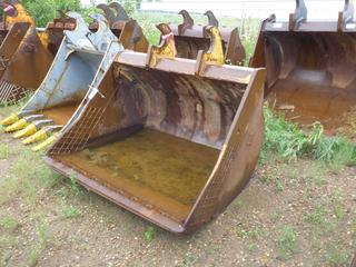 "66"" Clean Up Bucket, CAT fits WBM 250 Series"
