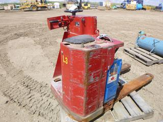 "1979 Lansing Bagnall Ltd Ride-On Electric Pallet Jack, 24V, 50"" Forks, , *Unknown Working Condition* (WR1)"