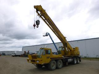 P&H Harnischfeger T-300 30-Ton Hydraulic Truck Crane C/w Cummins Engine, 100ft-125ft Boom Length SN S.0.22450012U *Note: Engine Re-Manufactured*