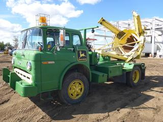 "1986 Ford 800 S/A Truck c/w Diesel, 5 + 2, Showing 180,612 KMS, 175"" W/B, 11R22.5 Tires At 50% c/w Tree Spade, VIN 1FDPD84N4GVA23670 *NOTE: No Brakes, Clutch Gone*"