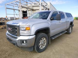 2015 GMC Sierra 2500 HD Duramax 4X4 Crew Cab c/w 6.6L Diesel, Allison Transmission, A/C, Showing 251,876 KMS, GVWR 4,536 KG, Bully Dog Gauge Tuner, Canopy, B/U Camera, Hitch Receiver, GGL Turbo, Emission Delete Kit, 275/70R18 Tires, CVIP 12/20, VIN 1GT12YE89FF192293 *Note:Check Engine light on*