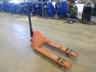 Euro Lifter Pallet Jack, 5500 LBS Capacity, (WR-2)