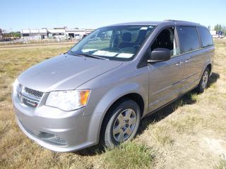 *SELLING OFFSITE COALDALE, AB* 2013 Dodge Grand Caravan SE  c/w 3.6L V6, 6 Spd Auto, AC, Tilt, Cruise, Pwr Windows, Locks & Mirrors, Bluetooth.              Showing 164,594 Kms.  S/N 2C4RDGBG6DR579666.