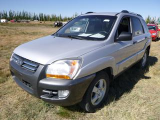 *SELLING OFFSITE COALDALE, AB* 2008 Kia Sportage 4WD c/w 2.5L 4 Cyl, Auto, AC, Tilt, Cruise, Pwr Windows, Locks, Sunroof & Mirrors, Heated Seats, Paddle Shifters. Showing 313,019 Kms.  S/N KNDJE723787536355.