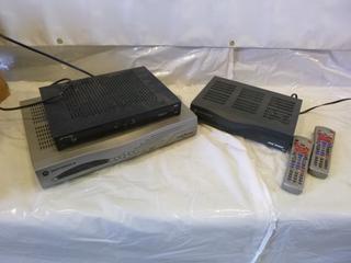 (2) Motorola Star Choice Satellite Receivers, w/ Telus Satellite Receiver & Cables (EE1-3-3)