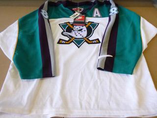 Teemu Selanne Signed Anaheim Ducks  Jersey, Size Large, New w/ Tags (E4-3,1)