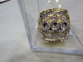 (1) 2010 Sidney Crosby Team Canada Olympic Gold Medal Replica Ring (G1)