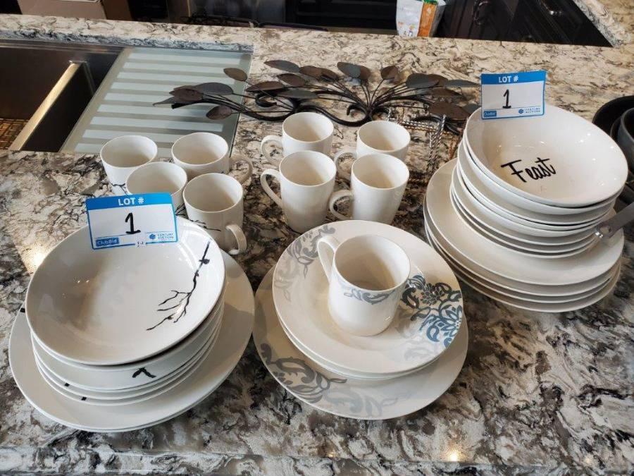 Lot Plates, Cups, Bowls