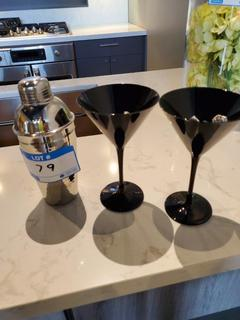 Lot 2 Martini Glasses & Shaker