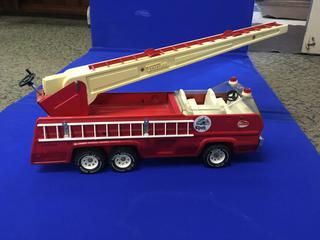 "Metal Tonka Fire/Crane toy Truck, 20"" Long."