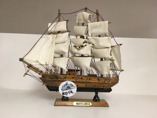 "Wooden ""Mayflower"" Ship Decoration."