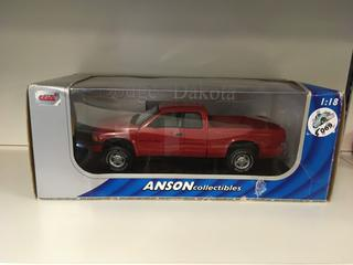 Anson Collectables Dodge Dakota 5.9 R/T 1:18 Scale Die Cast.