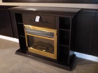 55 1/2in X 18 1/2in X 42 1/2in Portable Electric Fire Place **Note: Buyer Responsible For Load Out, Located Offsite For More Info Contact Shazeeda @780-721-4178**