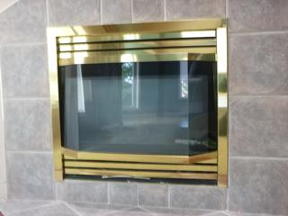 Montigo ME38-DV Vented Gas Fireplace **Note: Buyer Responsible For Load Out, Located Offsite For More Info Contact Shazeeda @780-721-4178**