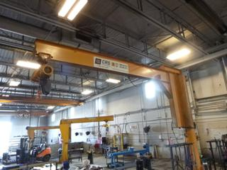 CRS 2-Ton Pillar Mounted Jib Crane C/w Remote And Kito Corp. 2-Ton Chain Hoist. SN 2507 *Note: Buyer Responsible For Load Out*