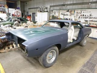 1974 Plymouth Barracuda Coupe c/w 318, 93,714 Miles, VIN BH23G4B354431 *NOTE: Car is disassembled in parts, trailer not included*