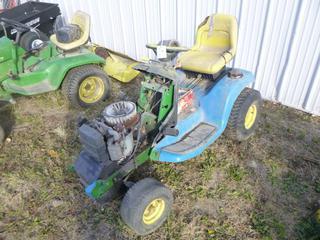 John Deere LT180 Tractor Riding Lawn Mower c/w Kawasaki, SN M0L180J040495 *Note: Parts Only*