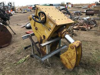 SEC Concrete Crush To Fit Excavator. Requires Repair.
