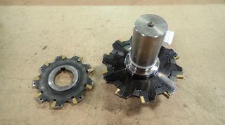 Adjustable Height 1 1/4in Drilling Insert w/ 5in X 5/16in Sandvik Circular Cutter And 4in X 1/8in Sandvik Circular Cutter