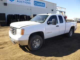 2007 GMC Sierra 2500 HD SLE Extended Cab 4X4 Pick Up c/w 6.0L, A/T, A/C, Showing 467,617 Kms, 3,303 Hours, Headache Rack, LT265/70R17 Tires at 10%, Rears 20%, 6 Ft. Box, VIN 1GTHK29K57E516543 *Note: Hood Does Not Latch, Rust and Damage, Service Trailer Brake System, Service Tire Monitor System*
