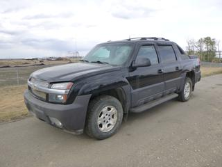 2003 Chevrolet Avalanche Crew Cab c/w 5.3L Vortec, A/T, A/C, Fully Loaded, Power Sunroof, 5 Ft. 4 In. Box, 265/70R17 Tires at 30%, VIN 3GNEK13T73G321777 *Note: Starts With A Boost, Tail Gate Does Not Open, Instrument Cluster Does Not Function, Damage and Rust*