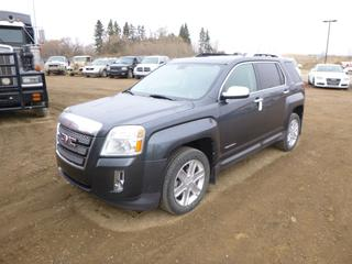 2010 GMC Terrain SLT AWD c/w 3.0L VVT Direct Injection V6, A/T, A/C, Showing 153,535 Kms, Fully Loaded, Leather, Power Sunroof, Back Up Camera, Factory Remote Starter,  235/55R18 Tires at 40%, VIN 2CTFLJEY3A6230490 *Note: Damage To Back Hatch, Carfax In Documents Tab*