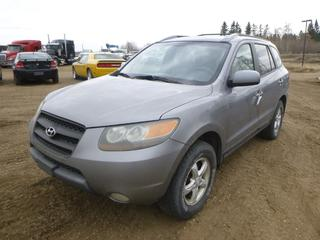 2007 Hyundai Santa Fe AWD c/w 3.3L, Showing 297,698 Kms, 235/70R16 Tires at 40%, VIN 5NMSG73E57H013146 *Note: Parts Only*