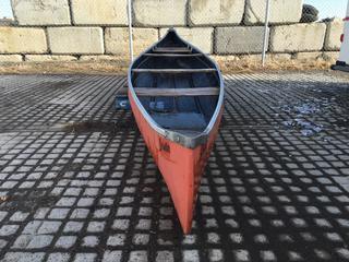 16' Sprinter Fiberglass Canoe. Control # 7748