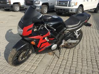 2005 Honda CBR 600FZ Motorcycle c/w 600cc. Showing 51251 Miles. VIN 2BG70423052310037.