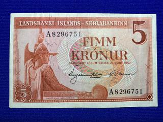 1957 Iceland Five Kronur Bank Note, S/N A8296751 .