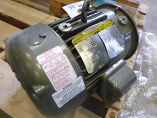 Baldor Electric Motor, Part 06H482W35861, 3 HP, 57 V, 3.2 A, 1760 RPM, 1 1/8 In. Shaft (T2-1)