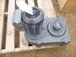 Sew EuroDrive Parallel Shaft Helical Gear Motor (Row 1-2)