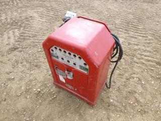 Lincoln Lincwelder AC-180-T 230V Single Phase Welder C/w Cable. SN AC-J3866 (Row 1-1)