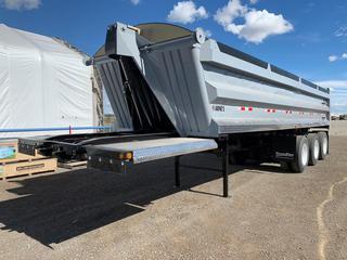 2005 Arnes Triaxle End Dump c/w Air Ride Susp.,11R24.5 Tires, Steel Buds. VIN 2A90737365A003076.
