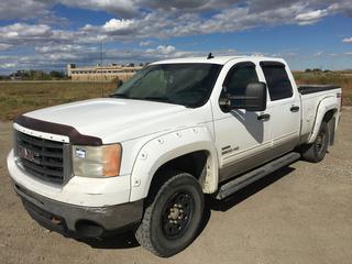 2010 GMC 2500 HD 4x4 Crew Cab P/U c/w 6.6L V8 Turbo Diesel, Auto, A/C, Dual Batteries, Spray On Box Liner, Showing 397,267 Kms, VIN 1GT4K0B66AF106576