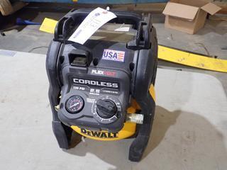 Dewalt DCC2560 FlexVolt 2.5Gal 135PSI Portable Cordless Air Compressor. SN 2964231712 *Note: Runs, No Battery*