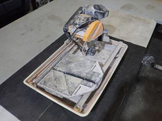 Sawmaster SDT-710 6in - 7in 1hp Wet Tile Saw. SN 201571