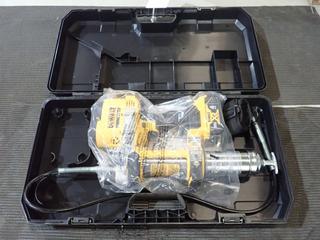 Dewalt DCGG571 Cordless Grease Gun *Unused* C/w 20V Dewalt Battery