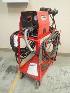 Lincoln Electric LF-72 Wire Feeder C/w Magnum 400 MIG Gun And Welding Cable. SN U1040900139