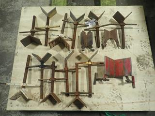 Qty Of Assorted Pipe Stand V Heads
