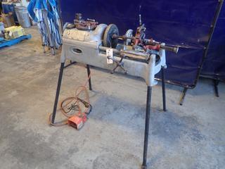 Ridgid 535 115V Pipe Threading Machine w/ Universal Threader, Pipe Reamer And Ridgid Pipe Cutter. SN 81542