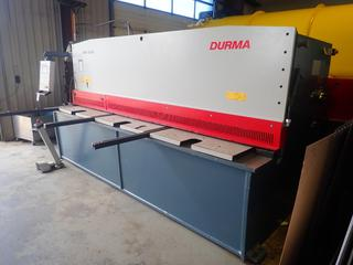 2017 Durma SBT3006 3100 x 6MM Cap. Hydraulic Shear w/ 105mm Stroke 4110mm Length, 2200mm Width, 2100mm Height. C/w 15kw 220/400V 3-Phase Motor, Durma DT-7 Control Unit And Siemens Foot Controller. SN 6079171048 *Note: Buyer Responsible For Load Out*