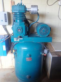 Curtis E-97 2-Stage Air Compressor w/ Lincoln 230/460V 3-Phase AC Motor And 6 1/4 And 3 3/8 Bore Size. SN 42-A76-044