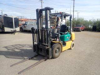 2006 Komatsu Model FG25T-14 Gas/LP Industrial Lift Truck C/w Nissan 2.1L Inline 4 Engine, Side Shift, 3-Stage Mast, 42in Mast, 6/5 Tilt And 48in Forks. Showing 2494hrs. SN 593084A