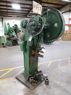 Brown Boggs Punch Press, Model 44L, SN 5765 *Note: Broken Piston Arm*, *Note: No Dies* *Buyer Responsible for Loadout*
