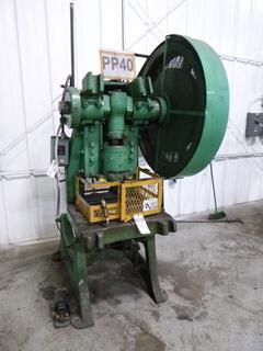 Niagara M & T Works Punch Press, Model No. 6, *Note: No Dies* *Buyer Responsible for Loadout*